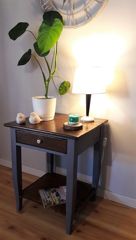 Stara szafeczka lub stolik … jak kto woli