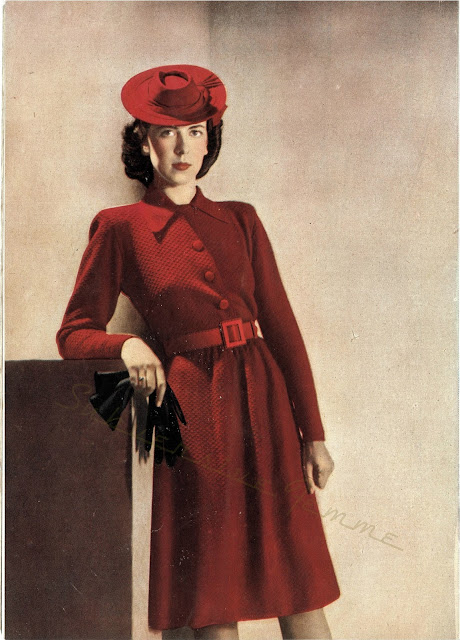 The Vintage Pattern Files: Free 1940's Knitting Pattern - Women's Shirtwaist Dress