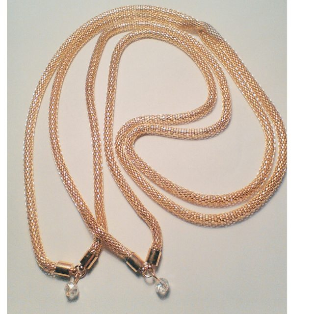 Chipina long necklaces