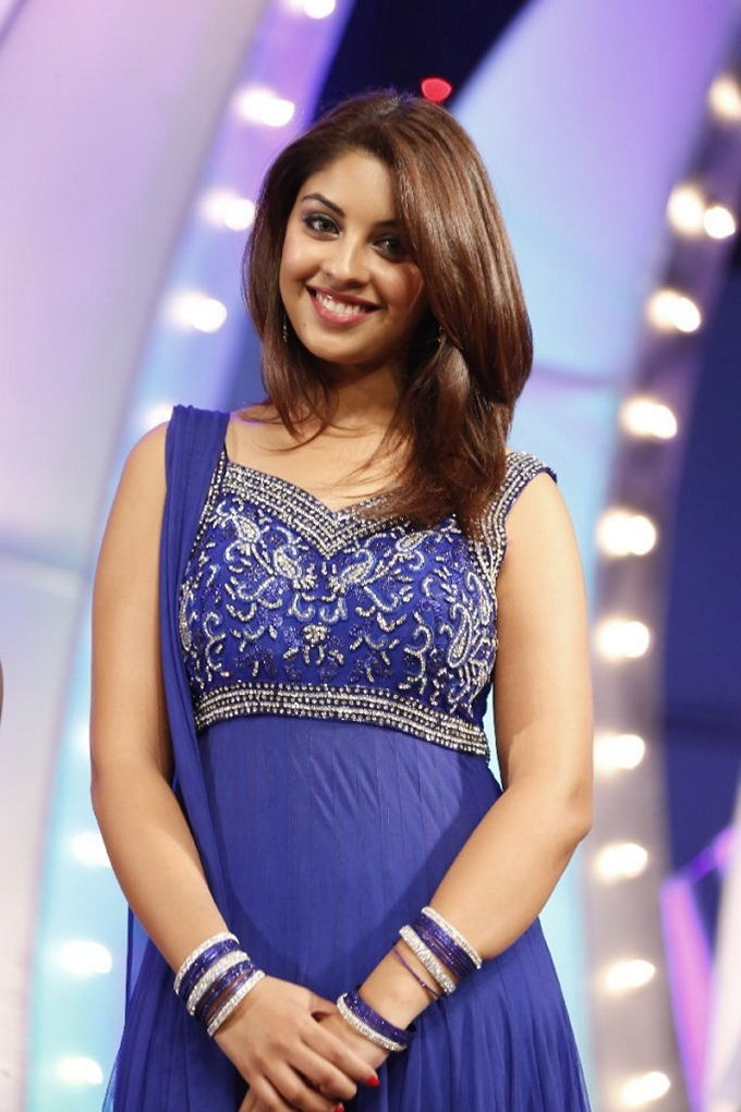 Richa Gangopadhyay In Blue Dress At TSR TV9 film Awards