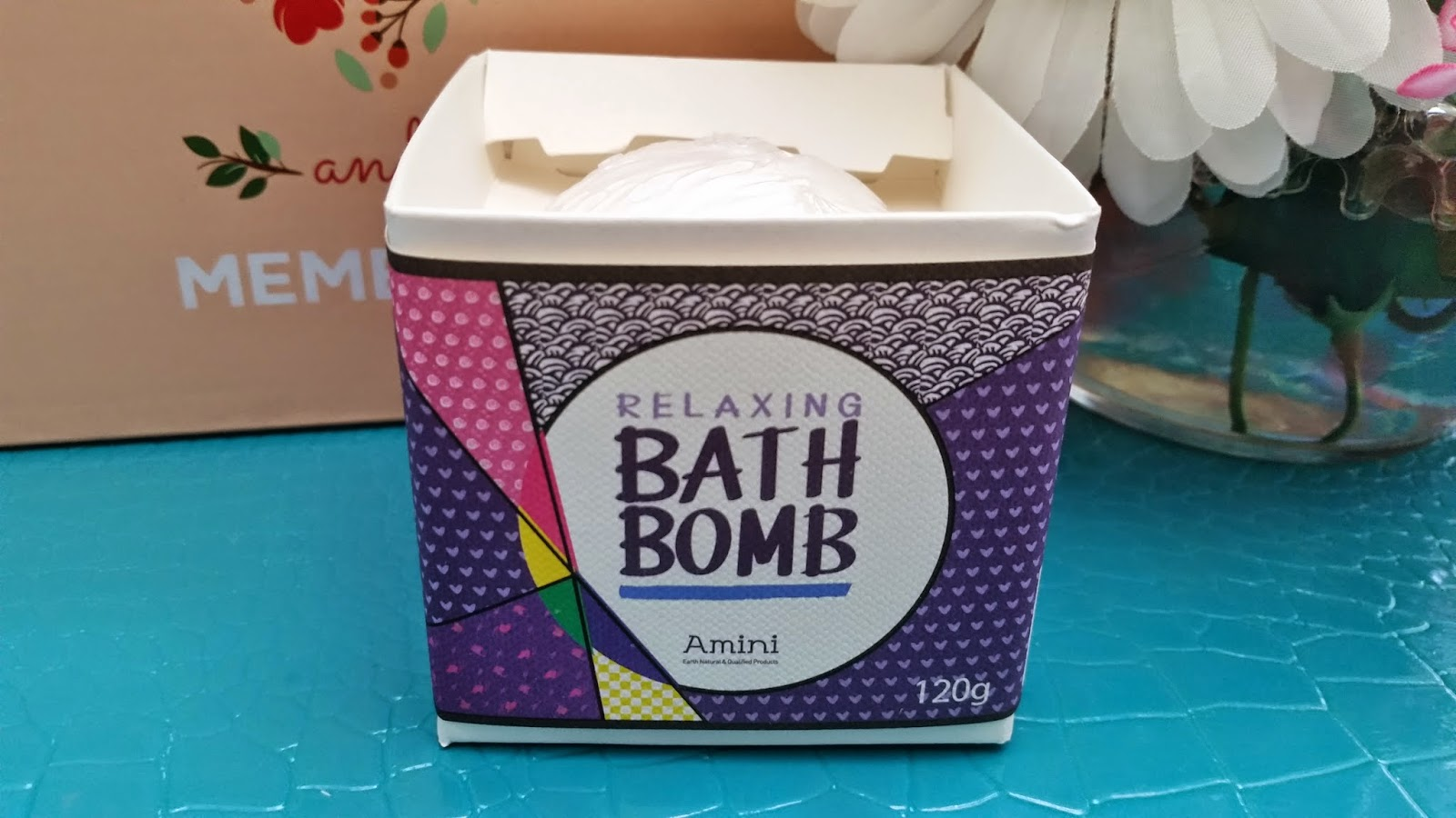 Amini Relaxing Bath Bomb in Lavender