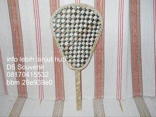souvenir kipas, souvenir kipas bordir, souvenir kipas pandan, souvenir pernikahan mewah, souvenir pernikahan murah