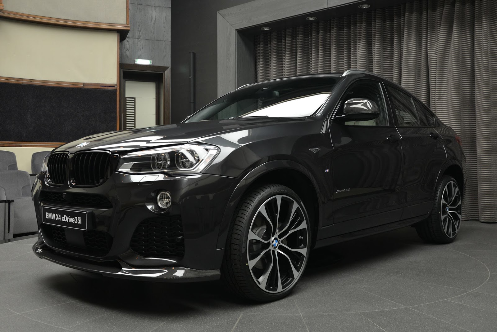 bmw x4 looks the goods with m performance and 3d design. Black Bedroom Furniture Sets. Home Design Ideas