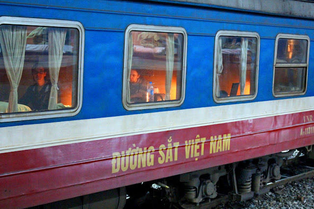 Hanoi to Sapa overnight train, Vietnam - travel blog