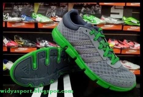 Kode sepatu  G97193 stok size  40 71c3e4f496