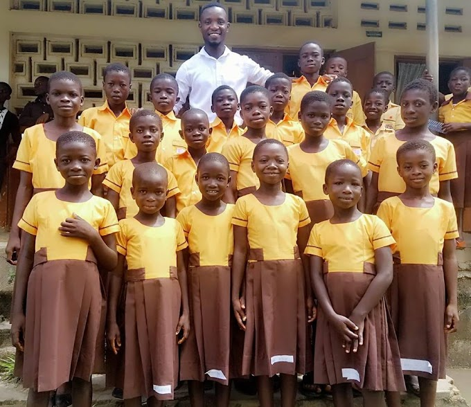 Ghanaian YouTube comedian, Teacher Kwadwo donates uniforms to 18 primary school pupils