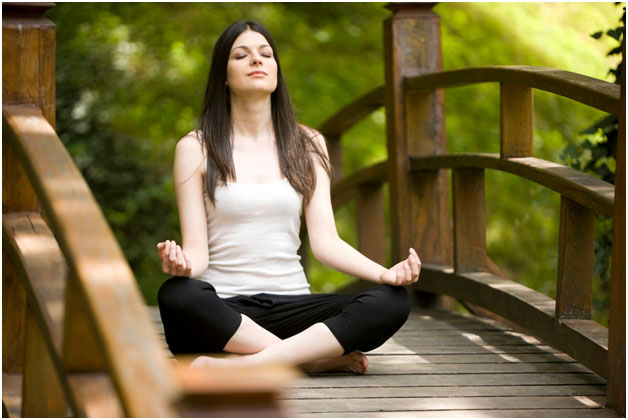 Enjoy Healthy Lifestyle with Regular Yoga!