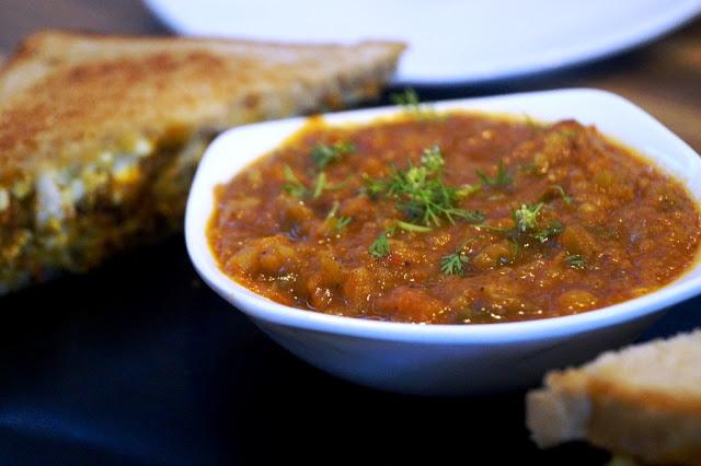 Paneer Sandwich with Bhaji