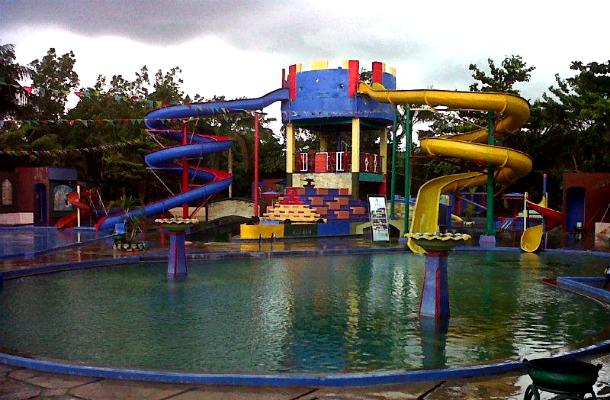 Beberapa Lokasi Wisata Pemandian Air Panas Rekomendasi Di Indonesia