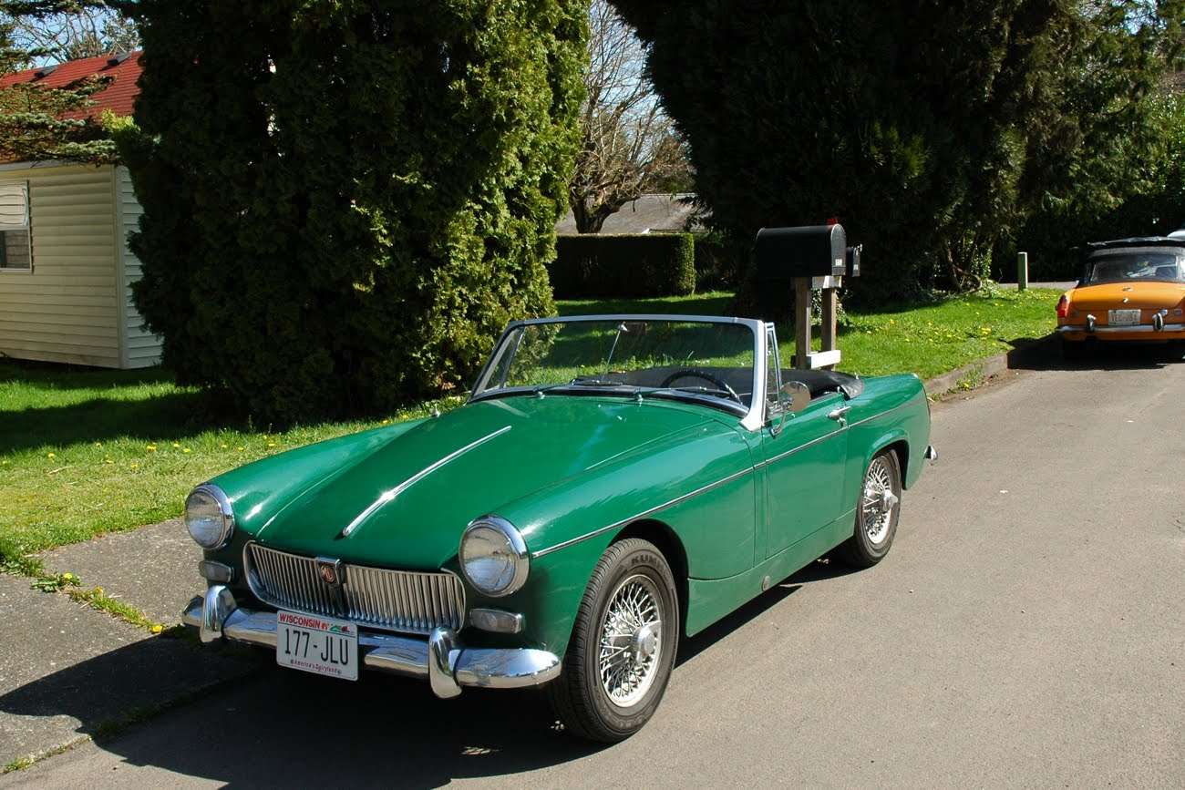 Old Parked Cars   1966 Mg Midget