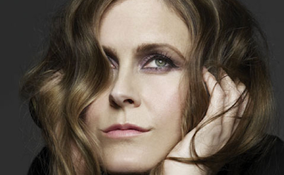 All the thirsty beasts come down to drink Alison Moyet - Reassuring Pinches