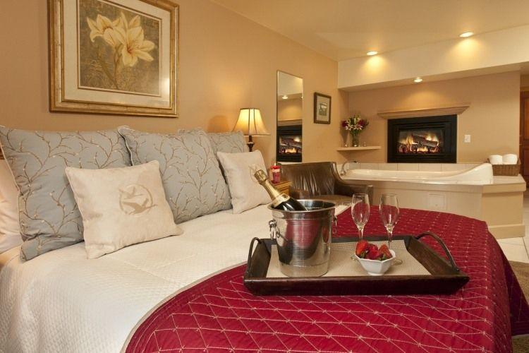 Decorar dormitorios con jacuzzi dormitorios colores y for Decorar habitacion hotel