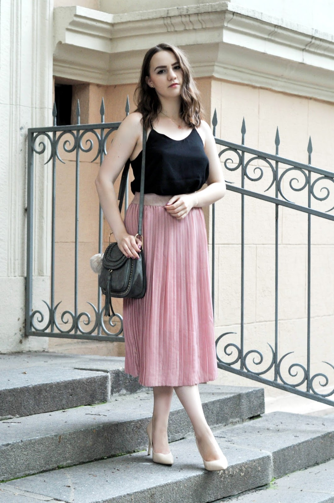 Alina Ermilova | Pleated Skirt Look