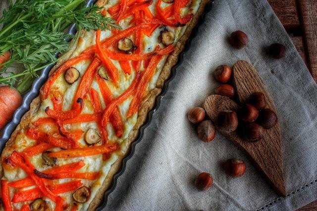 rorta salata carote e brie con nocciole