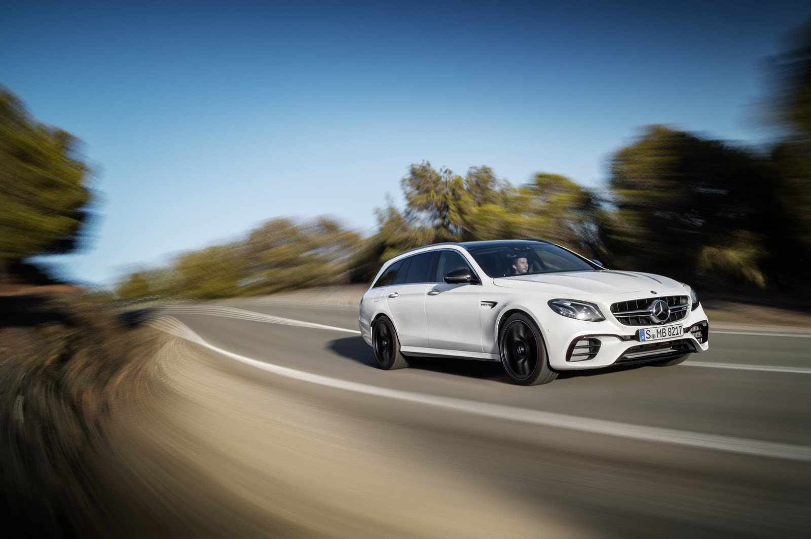 new mercedes amg e63 s wagon is wildest and fastest station wagon you can buy in the us. Black Bedroom Furniture Sets. Home Design Ideas