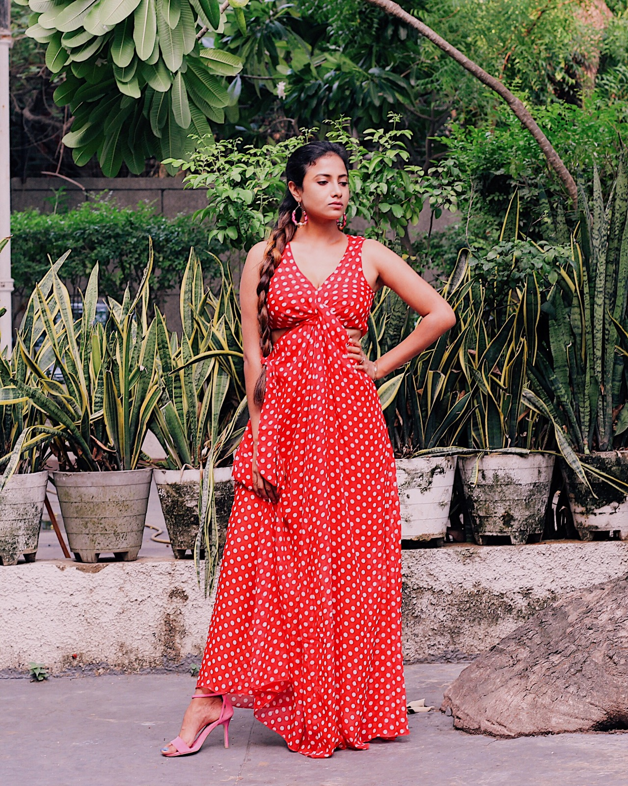 tips on picking the perfect summer dress, summer dress, polka dots, polka dots trend, red and pink, polka dot dress, indian blogger, uk blog, london blogger, polka dot maxi dress,