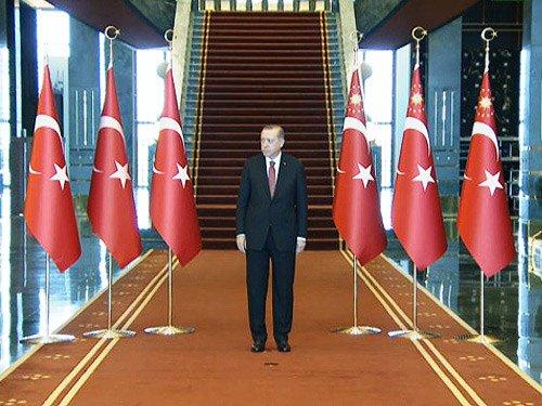 Θα κάνουμε το λάθος με τον τουρκικό «εθνικό όρκο»;