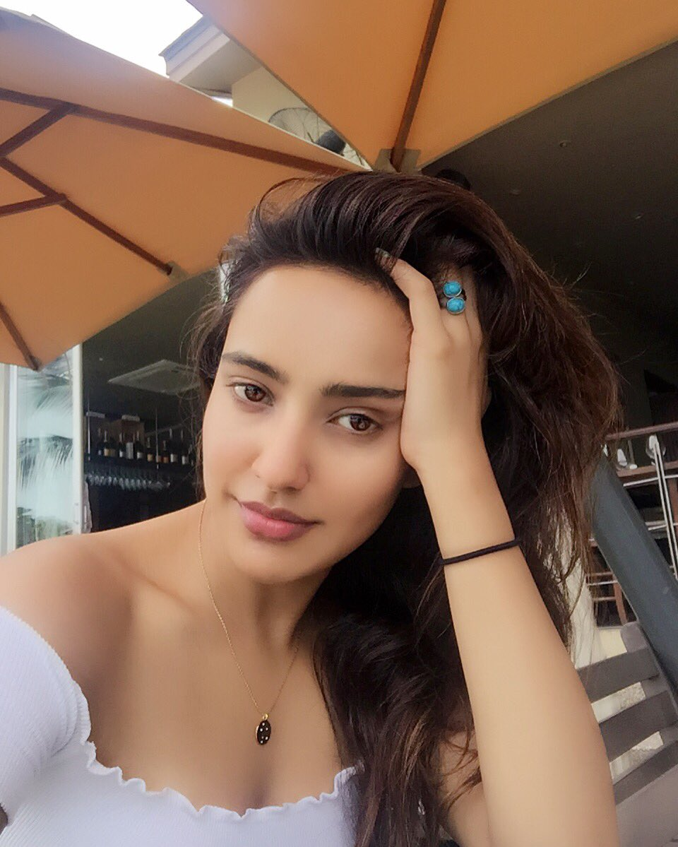 Actress Neha Sharma Hot Photoshoot Pictures