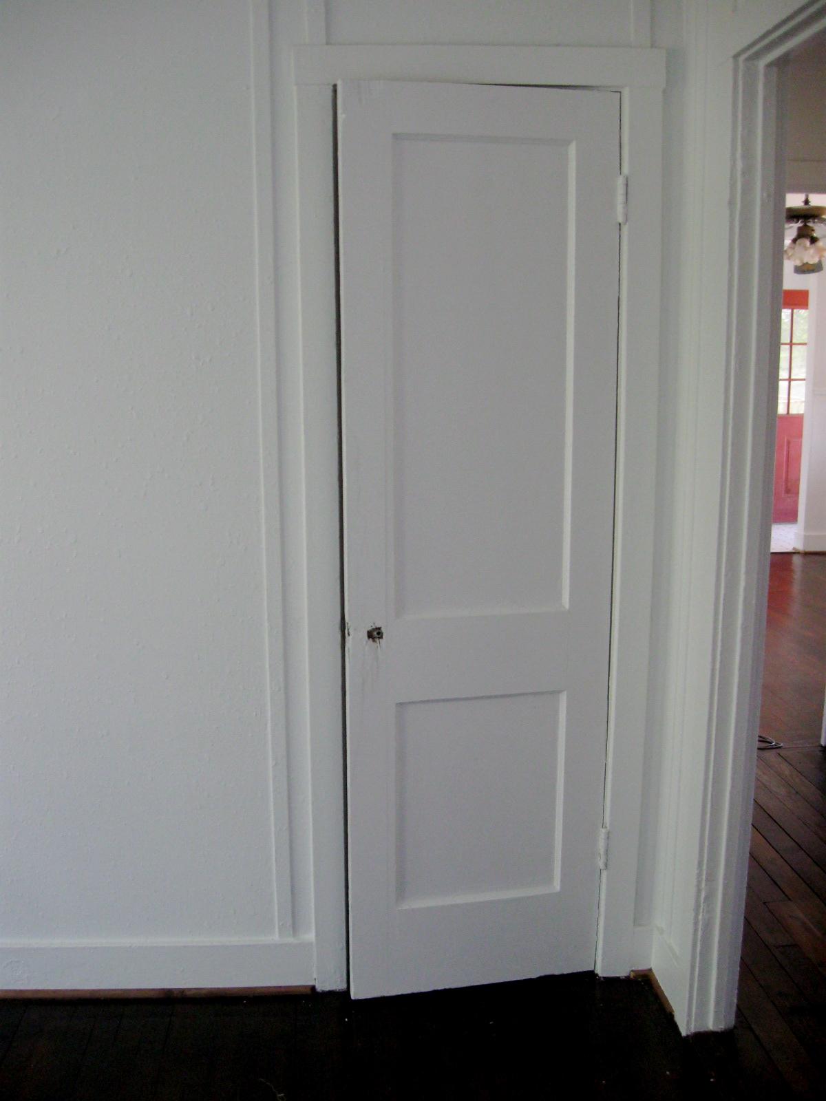 Closet Door S