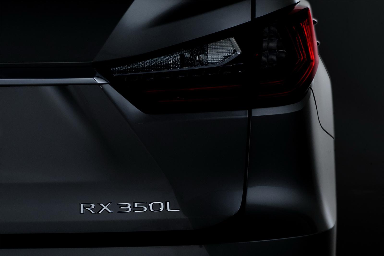 2018_Lexus_RXL_01