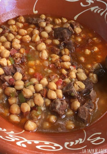 Carne-morcillo-garbanzos-verduras
