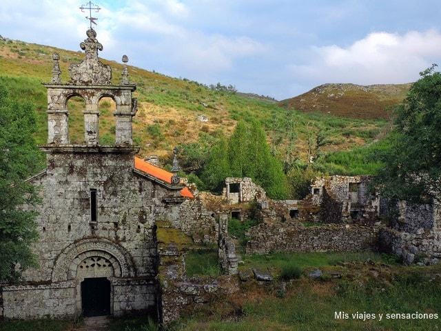 Monasterio de Pitoes das Junias