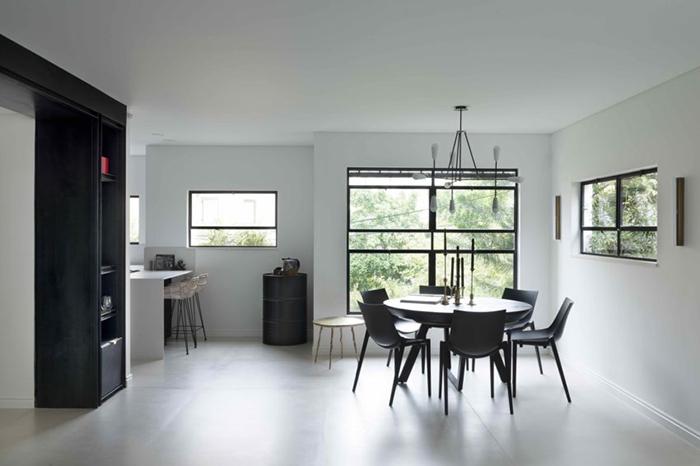 Thiết kế nội thất căn hộ chung cư 150m2 với hai màu đen trắng- 6
