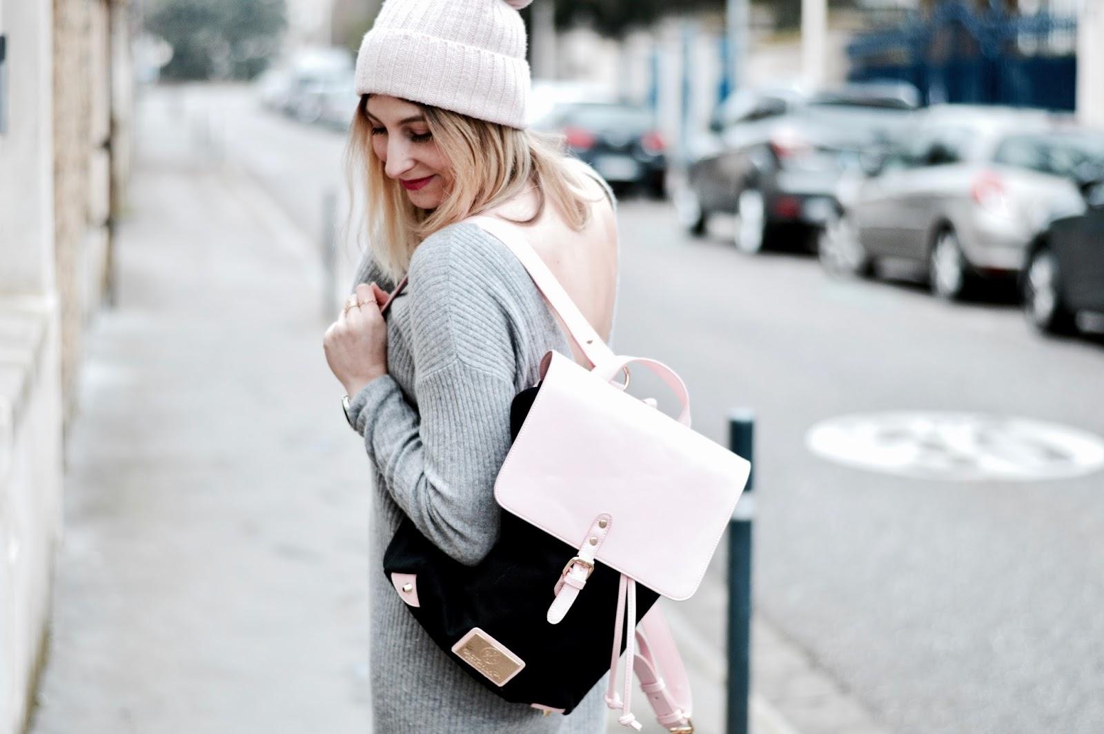 Look femme hiver : sac à dos Gaston Luga et derbies vernies