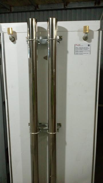 Tủ nấu cơm 8 khay gas có khóa bánh chắc chắn khi sử dụng