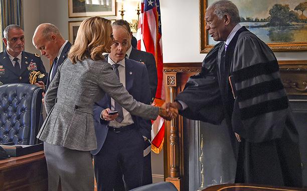 Madam Secretary - Season 3 - Morgan Freeman Returning