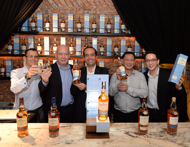 (L-R) Emmanuel Dokhelar, Marketing Director of Pernod Ricard Malaysia; Darren Hosie, Regional Brand Ambassador and Mentoring Manager of Chivas Brothers; SÈbastien Mouquet, Managing Director of Pernod Ricard Malaysia; Ryan Poon, Sales Director of Pernod Ricard Malaysia, Benedict Yong, Brand Manager of The Glenlivet Malaysia