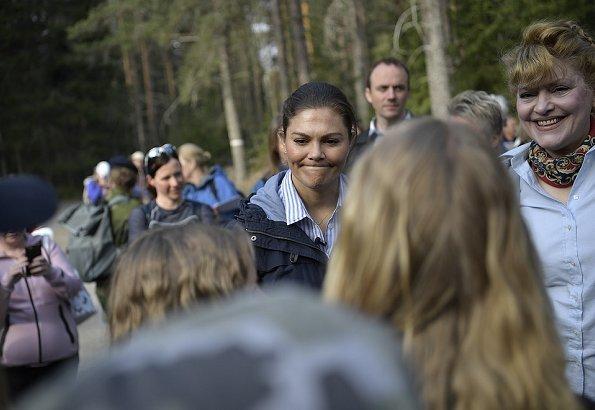 The Crown Princess's hiking in Vastmanland, Halleskogsbrannan Nature Reserve. Adidas terrex hiking shoes
