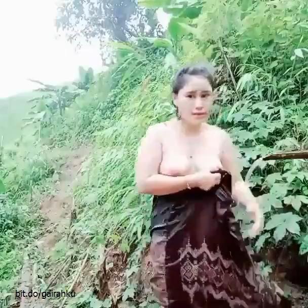 Janda Melayu Bogel