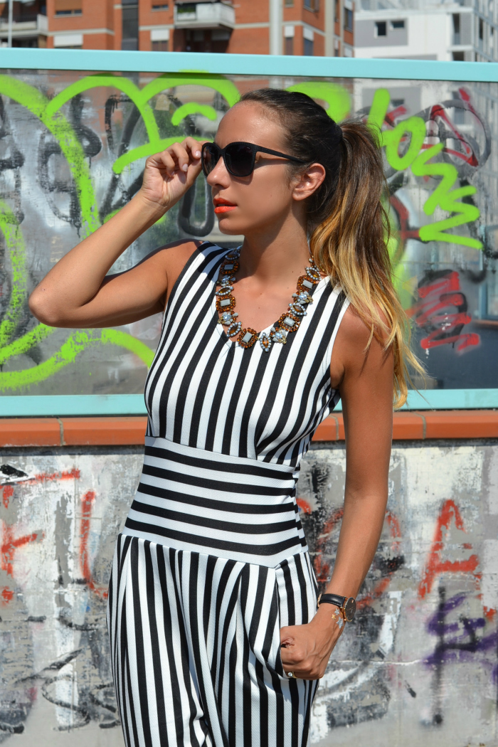 righe bianche nere. striped jumpsuit 8befa32b2bc