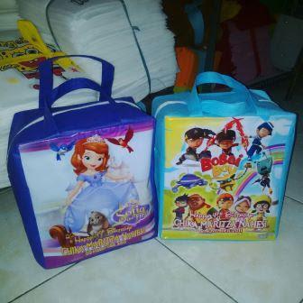 Souvenir Tas Ulang Tahun Ultah Anak Godie Bag Bahan Spunbond Murah Motif Kartun Pakai Foto Anak