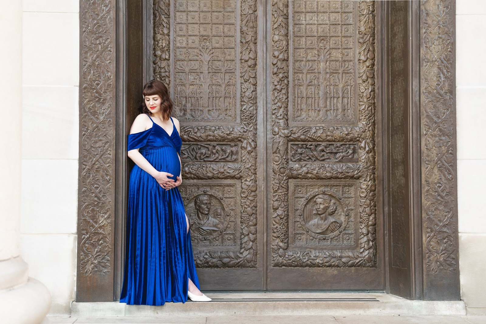 Blue Velvet Maternity Photos