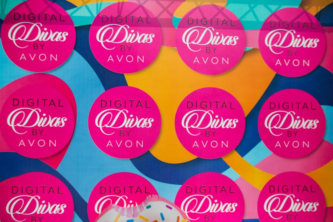 Digital Divas by Avon