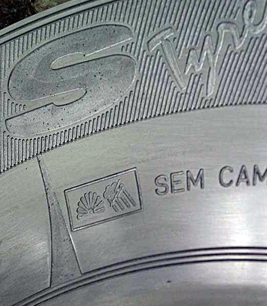 Um estudo do processo de gravação em metais como o alumínio