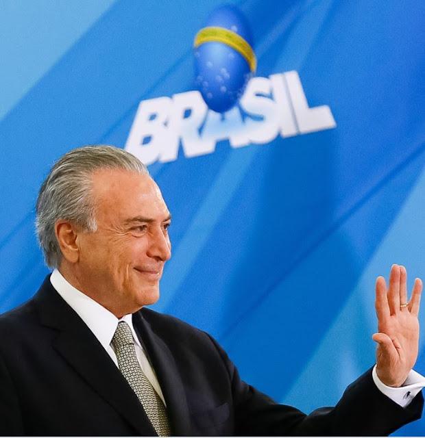 Senado aprova impeachment da Dilma ela perde o mandato e Temer assume