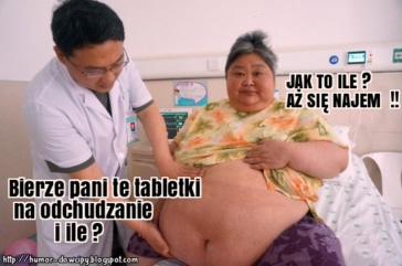 Przychodzi gruba baba do lekarza.
