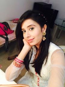 Biodata Charu Asopa pemeran Preeti Nandu Mishra/Preetya