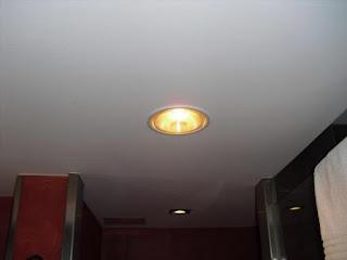 đèn sưởi âm trần 1 bóng phòng gym