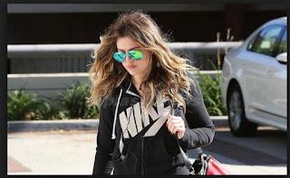 Kloe Kardashian Camino al Gimnacio