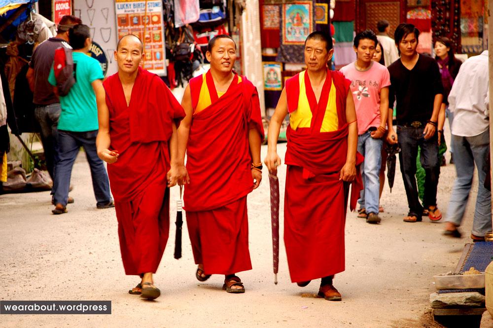 Buddhist ClothingThe Vietnam Development Kasaya Of tCQdxshorB
