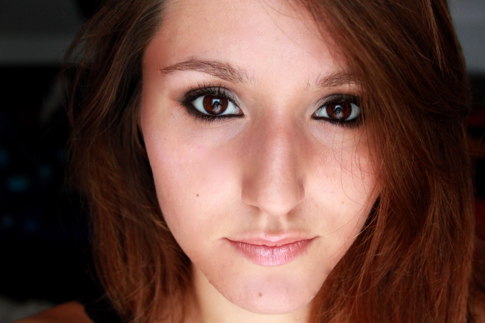 Super Les brunes aux yeux marrons sont sexys - Urban Lipstick NI53