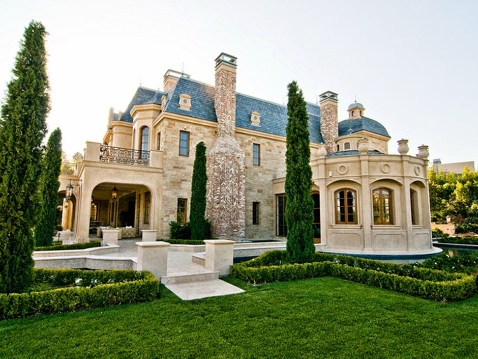 Tour This Magnificent Masterpiece In Beverly Hills California