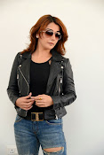 Actress Sonia Mann Stylish photo session-thumbnail-4
