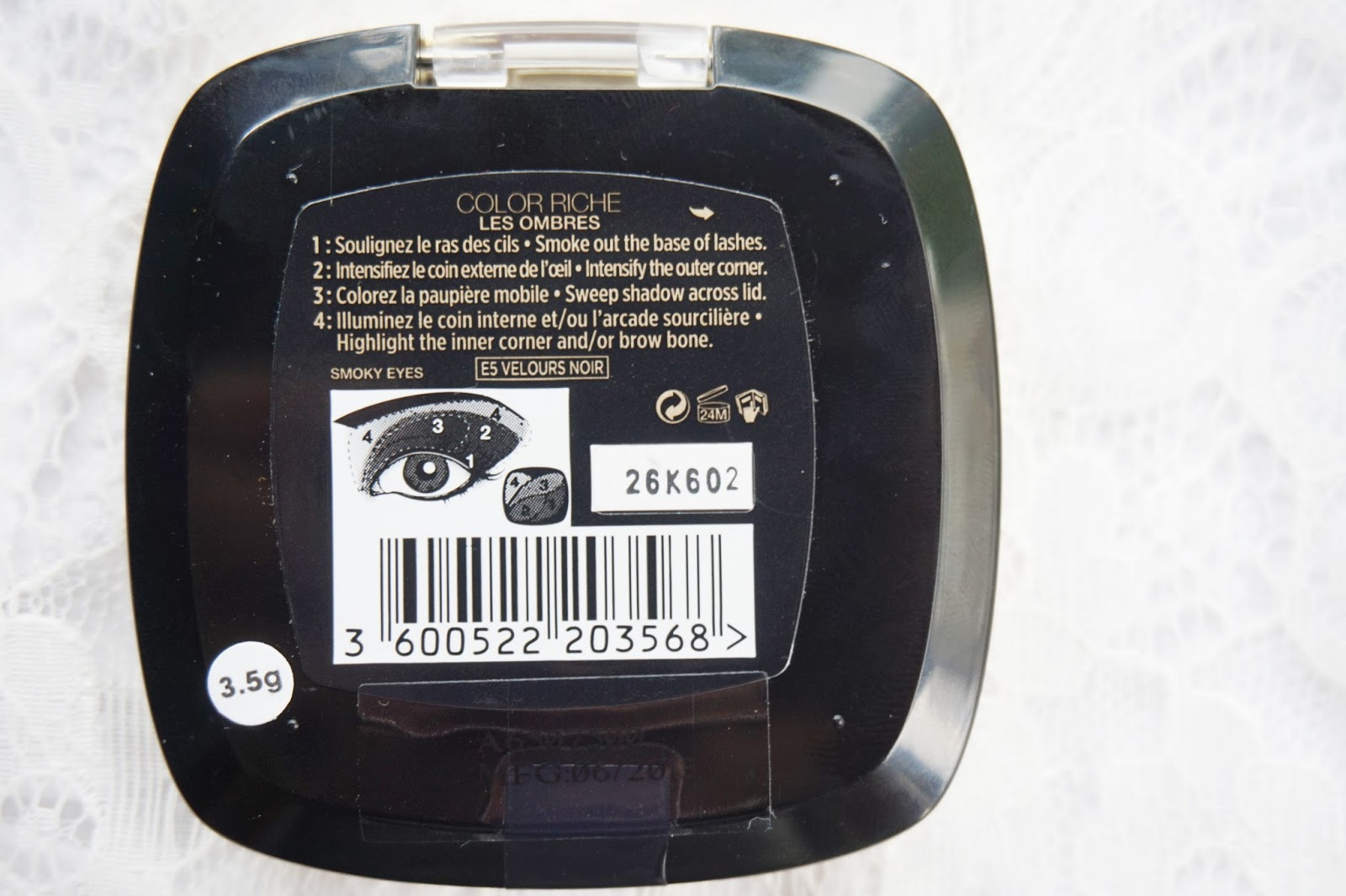L'oreal Color Riche Les Ombres Eyeshadow in Velours Noir Review