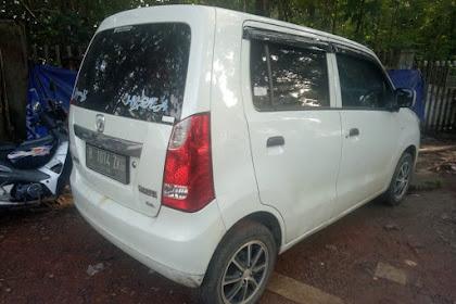 Over Kredit Mobil Suzuki Wagon R Tipe GL Plat Depok