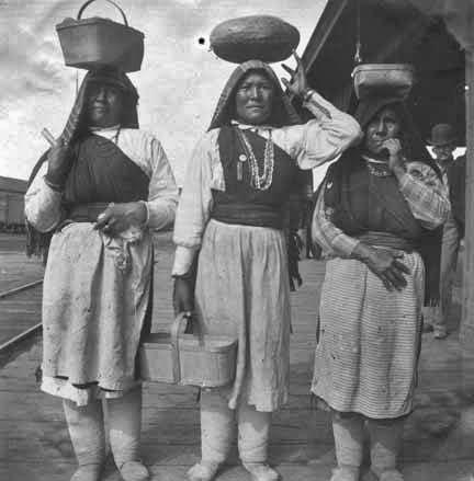 pueblo girls Kimea is the only name i know that is of pueblo origin it is a girls namesorry, that's all i have.
